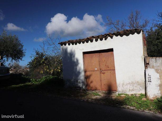 Garagem em Salir, Algarve, Portugal