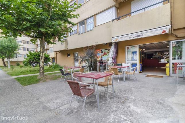 Loja com 50 m2 em Lomar, Braga