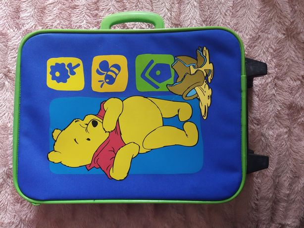 Дитячий чемодан.