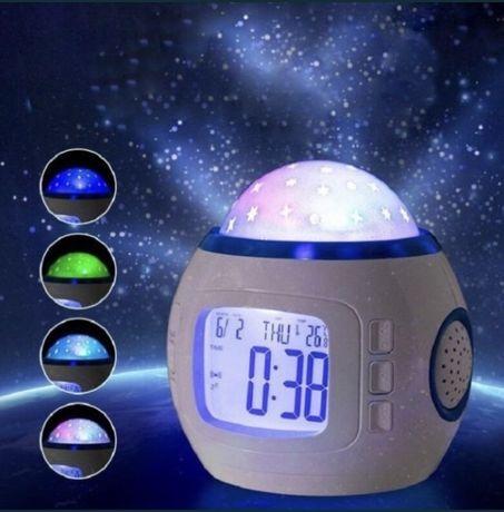 Музыкальный LED ночник-проектор звездное небо с часами и будильником