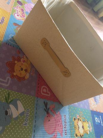 Ящик с игрушками