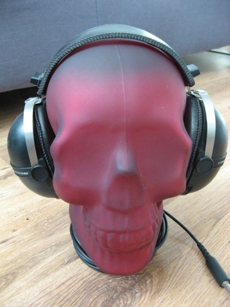 SZKLANA CZASZKA GŁOWA stojak wieszak na słuchawki