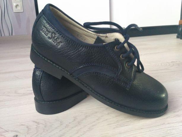 Нові Туфлі, мешти Petit shoes 33р. натур. шкіра, куплені в Іспанії