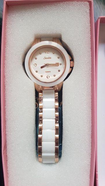 Nowy Zegarek damski na prezent
