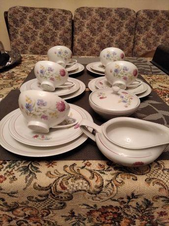 Serwis porcelanowy porcelana sygnowana filizanki porcelanowe