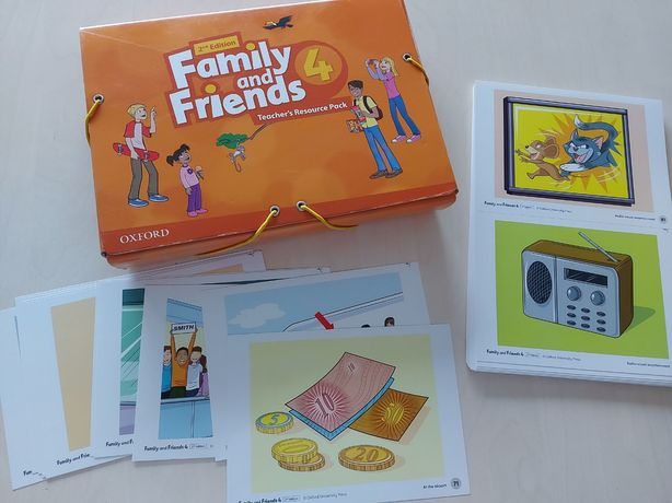 Family and Friends 4 flashcards pdf