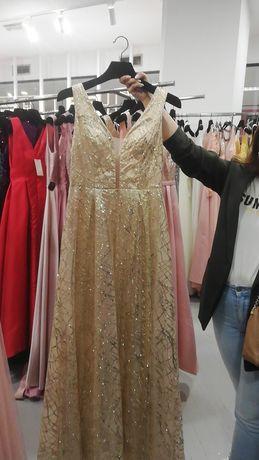 Vestido de gala dourado usado 1 vez
