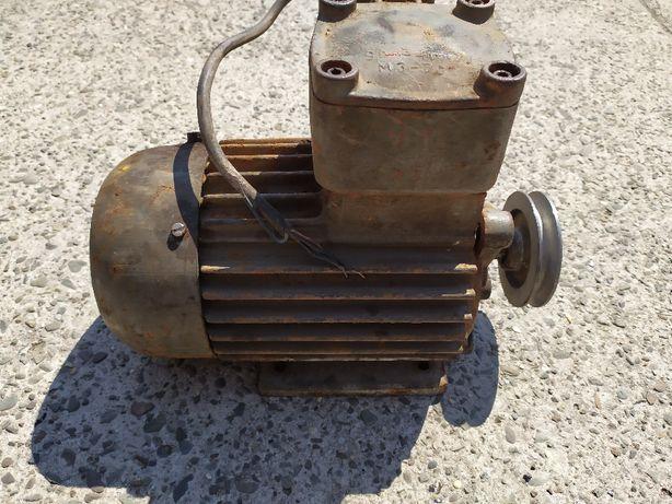 Silnik elektryczny trójfazowy, 3 fazy na siłe szczelny 0,8 kW 1400 obr