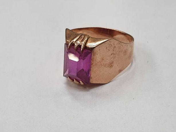 Piękny złoty pierścionek damski/ Radzieckie 583/ 5.5 gram/ R17/ sklep