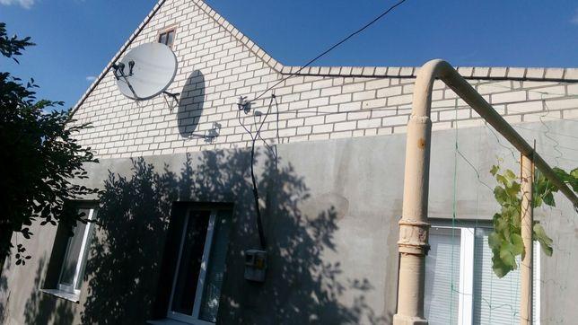 Продам дом в центре п.г.т.Чаплынка.