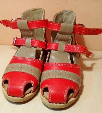 Взуття ортопедичне дитяче, босоніжки для дівчинки 25-26р
