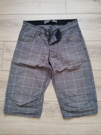 Męskie krótkie spodenki spodnie by H&M regular fit rozmiar S