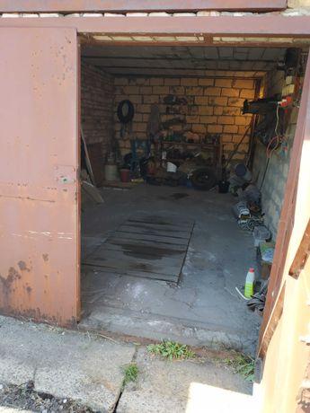 Продается гараж п. Юбилейный
