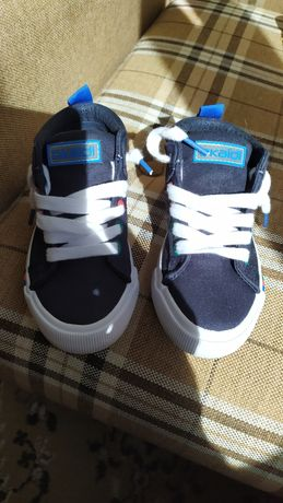 Новые Детские фирменные кроссовки
