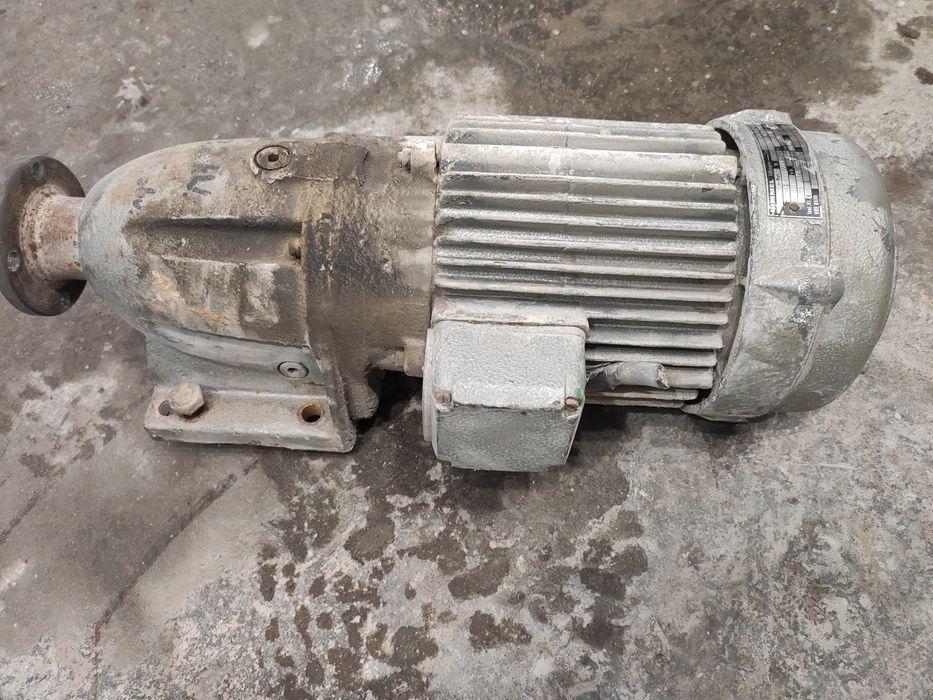 Motoreduktory, silnik 7,5 KW Krobia nad Szosą - image 1