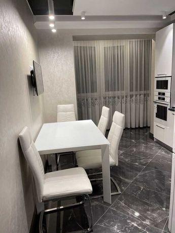 Шикарна двокімнатна квартира на Щасливому з ремонтом та технікою