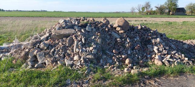 Kamienie polne, gruz.