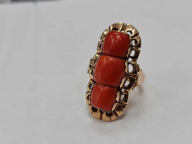 Unikatowy złoty pierścionek/ 585/ 18.1 gram/ R17/ Koral naturalny