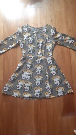 Vestido com padrão Marilyn Monroe