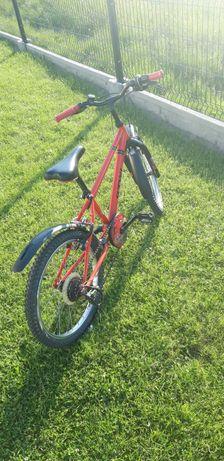 Rower B-Twin czerwony