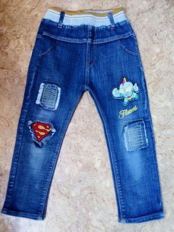 Штаны джинсовые на 3-4 года