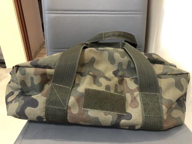 Karimaty , plecaki , berety