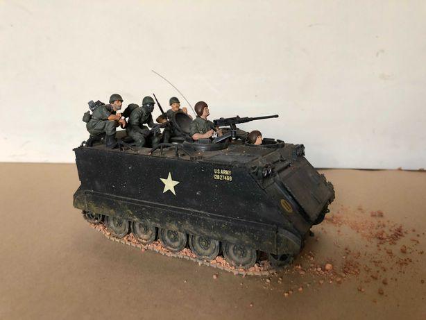 OPORTUNIODADE: Figura militar - veículo de infantaria mecanizada EUA