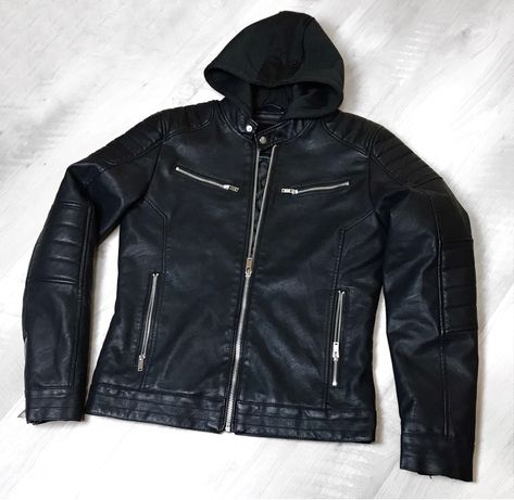 Куртка кожанная Clockhouse М с капюшоном Belstaff Lacoste Boss Armani