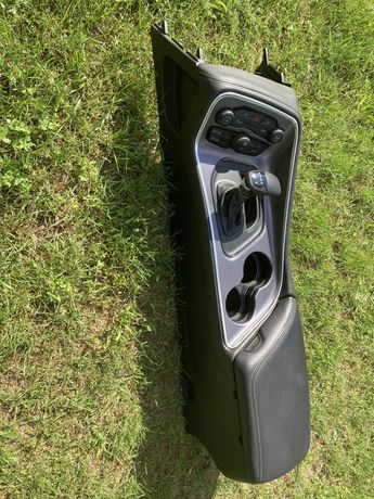 Dodge Challenger 2017r. 3,6l plastiki,tunel z wybierakiem