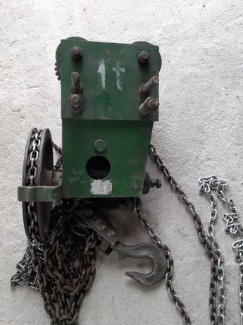 Wciągarka mechaniczna łańcuchowa