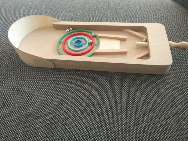 Drewniana zabawka wyrzutnia  tarcza 5 kulek