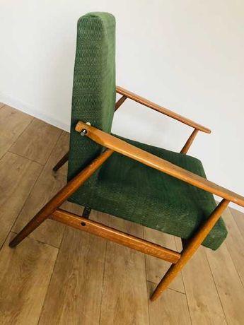 Fotel drewniany PRL vintage do renowacji
