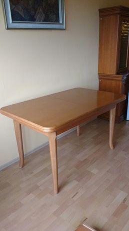 Solidny stół rozkladany