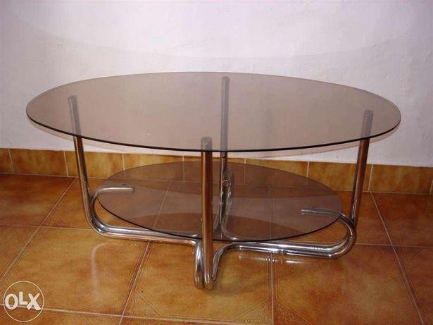 Mesa oval (Vintage) de vidro fumado