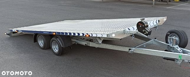 Lorries PL30-4521  LORRIES Laweta Uchylna Pełna Podłoga Wyciągarka Led Dostępna od zaraz