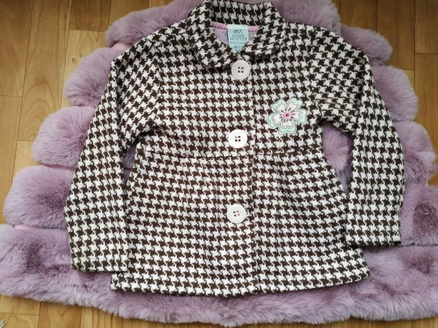 Пальто на девочку 5 лет