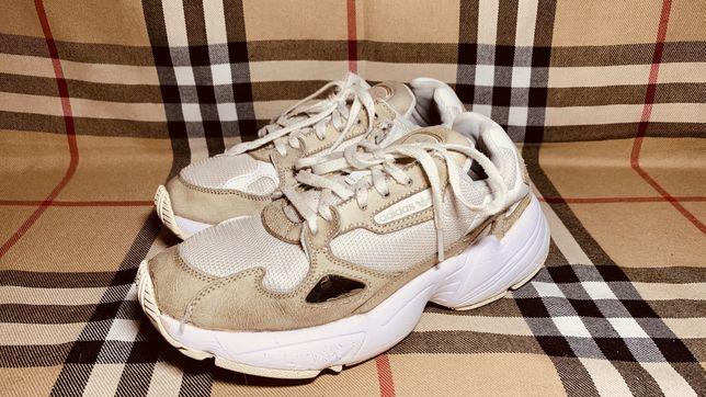Кроссовки фирменные Adidas 38 рр