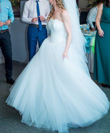 Не венчаное! Свадебное платье белое