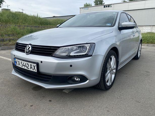 Volkswagen Jetta DIEZEL 2L 2014 SEL