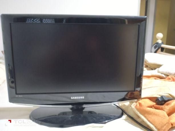 TV.  LCD  Samsung
