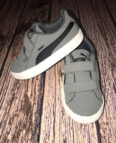 Фирменные кроссовки Puma для мальчика, размер 10 (18 см)