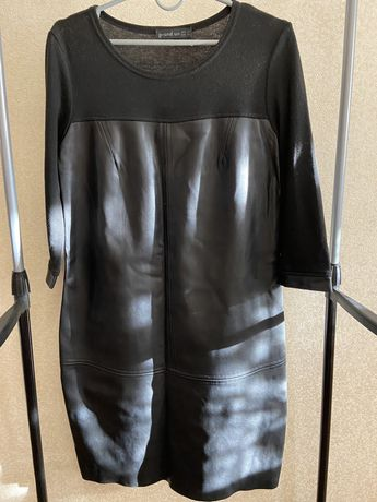 Плаття чорне жіноче