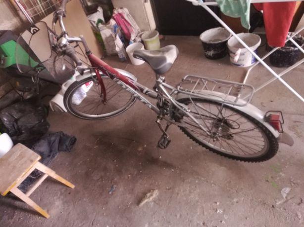 Sprzedam rower widoczny na zdjęciu
