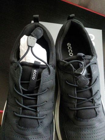 Новые кроссовки ecco размер 40
