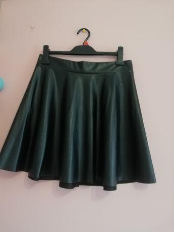 Skórzana spódnica