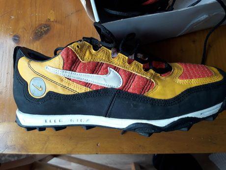 Nike zoom trekking 44