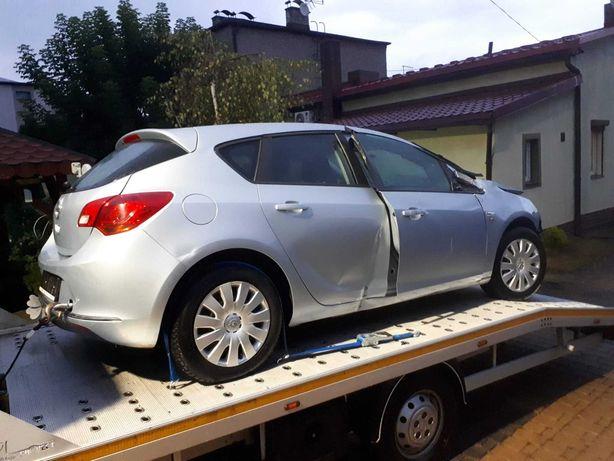 Opel Astra IV  2014r 1.4 benzyna 70tys km salon Polska 1 właściciel
