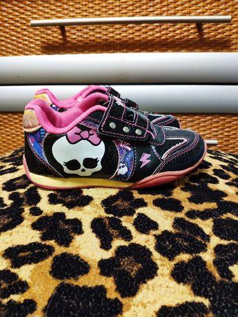"""Кросівки для дівчинки """"Monster high"""" 19 см по устільці"""