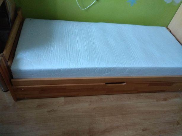 Łóżko drewniane sosnowe pojedyncze ze schowkiem