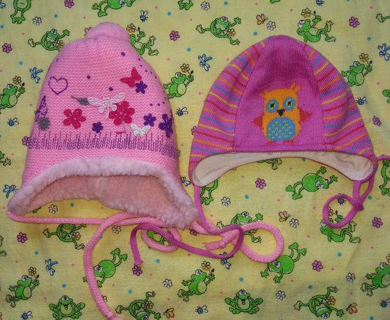 Шапочки для новорожденной + подарок пинетки